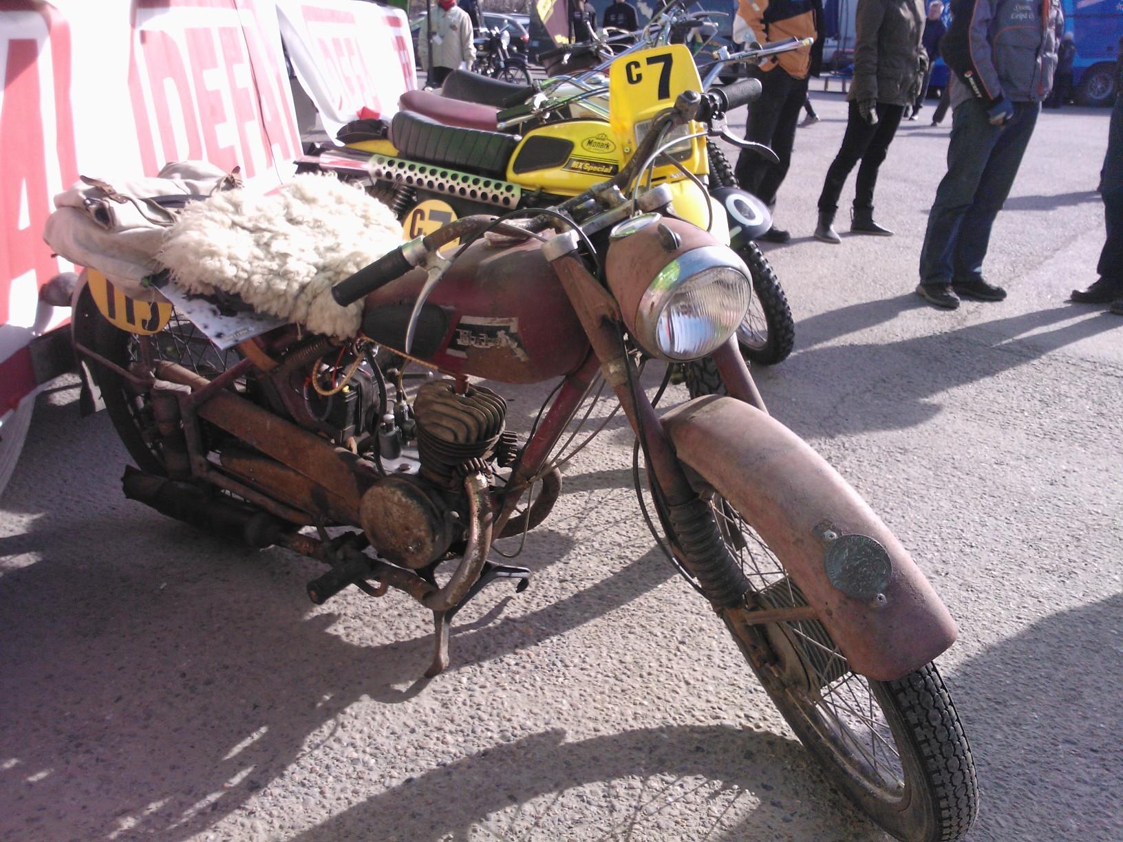 Moottoripyörävero