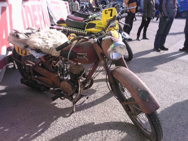 Moottoripyörän Liikenteestä Poisto